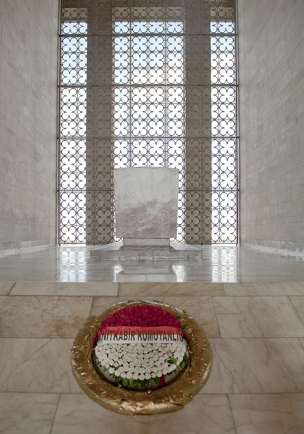 Im Innern des Atatürk-Mausoleums