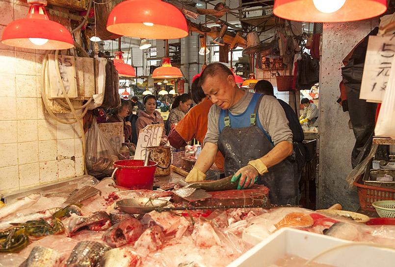 Macao: Fischhändler auf dem Red Market