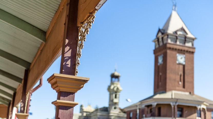 Wahrzeichen von Broken Hill: der Uhrturm. Foto: Hilke Maunder