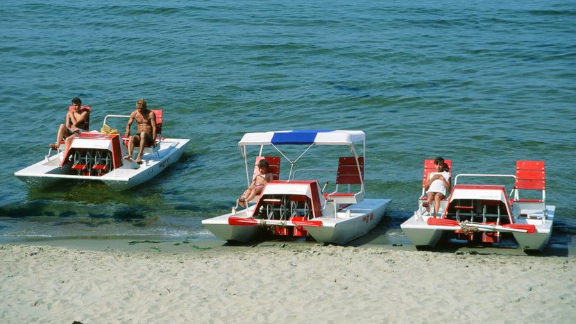 HIddensee, Sommerspaß: Tretboot fahren. Foto: Hilke Maunder