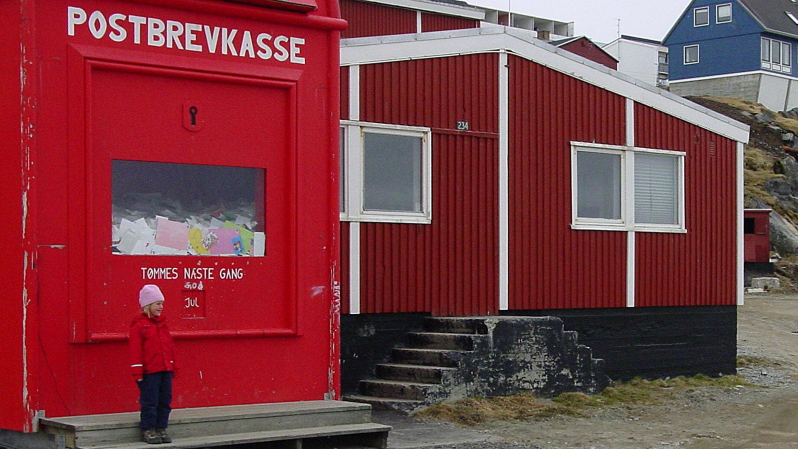 Grönland mit MS Fram: Der Briefkasten des Weihnachtsmannes steht in Nuuk. Foto: Hilke Maunder