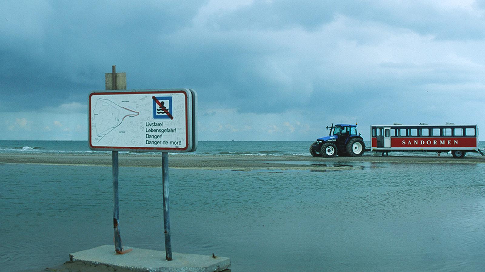 """Skagen: Grenen ist Dänemarks Nordspitze. Hin bringt euch der Touristenzug """"Sandormen"""". Foto: Hilke Maunder"""
