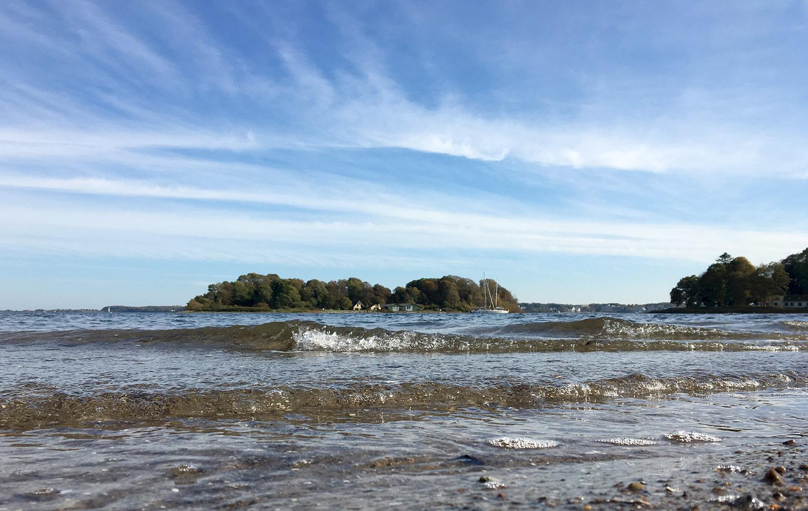 Blick von Sønderhav auf die Ochseninseln der Flensburger Förde. Foto: Hilke Maunder