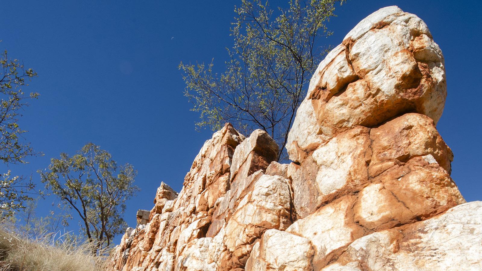 Quarzadern wie die China Wall verraten im Outback der Kimberley: Hier ist Gold zu finden. Foto: Hilke Maunder