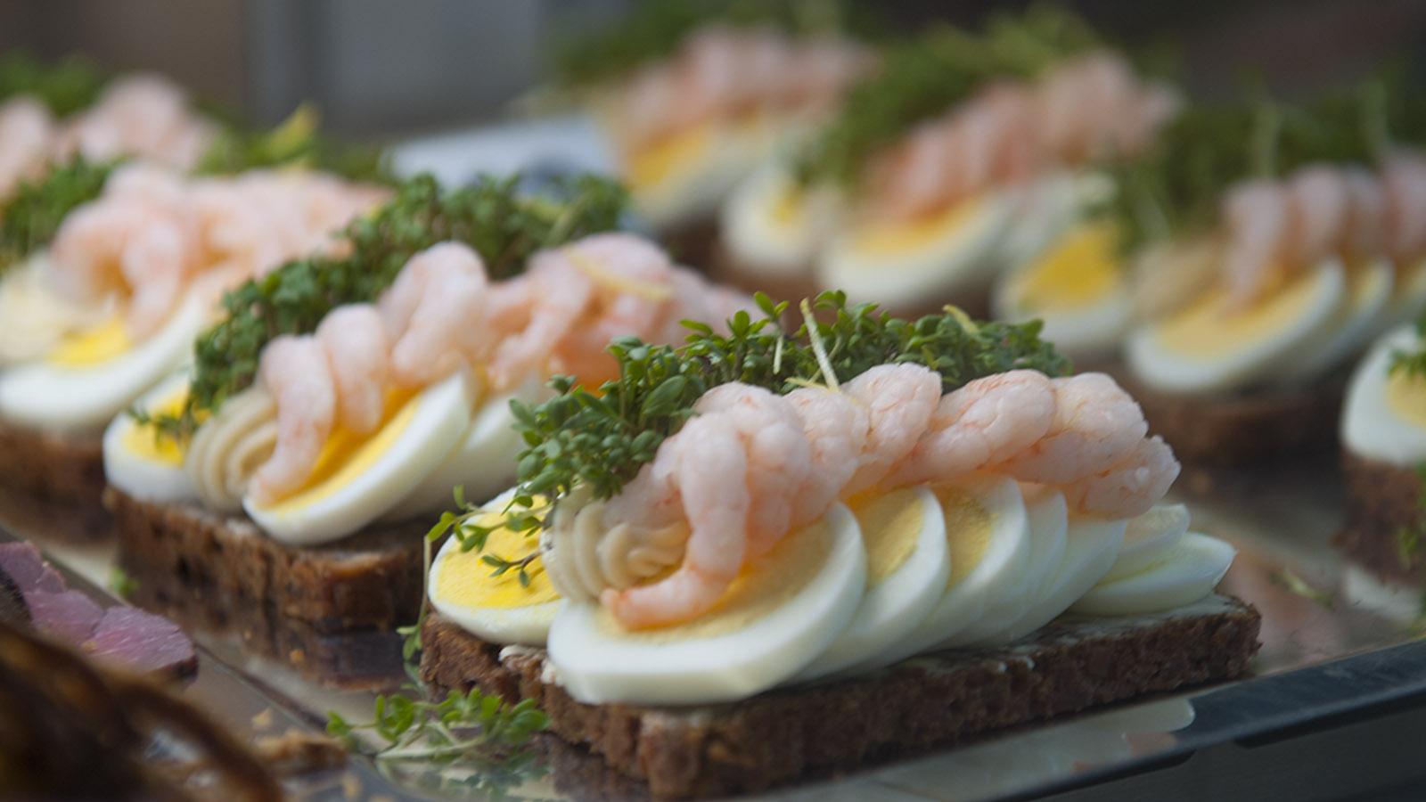 Hyggelig für Auge und Gaumen: Smørrebrød. Foto: Hilke Maunder