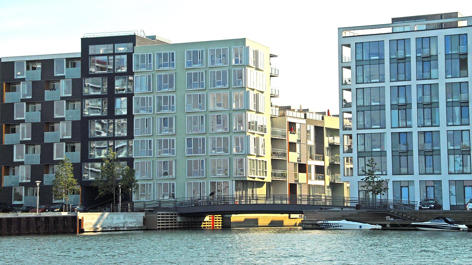Unterwegs im Hafenbus: Der neue Stadtteil Teglholmen. Foto: Hilke Maunder