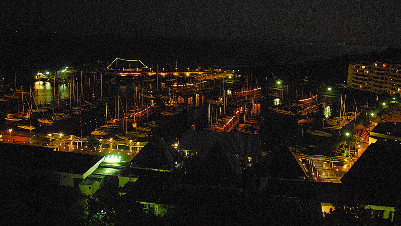 Das Ostseebad Damp bei Nacht. Foto; Hilke Maunder