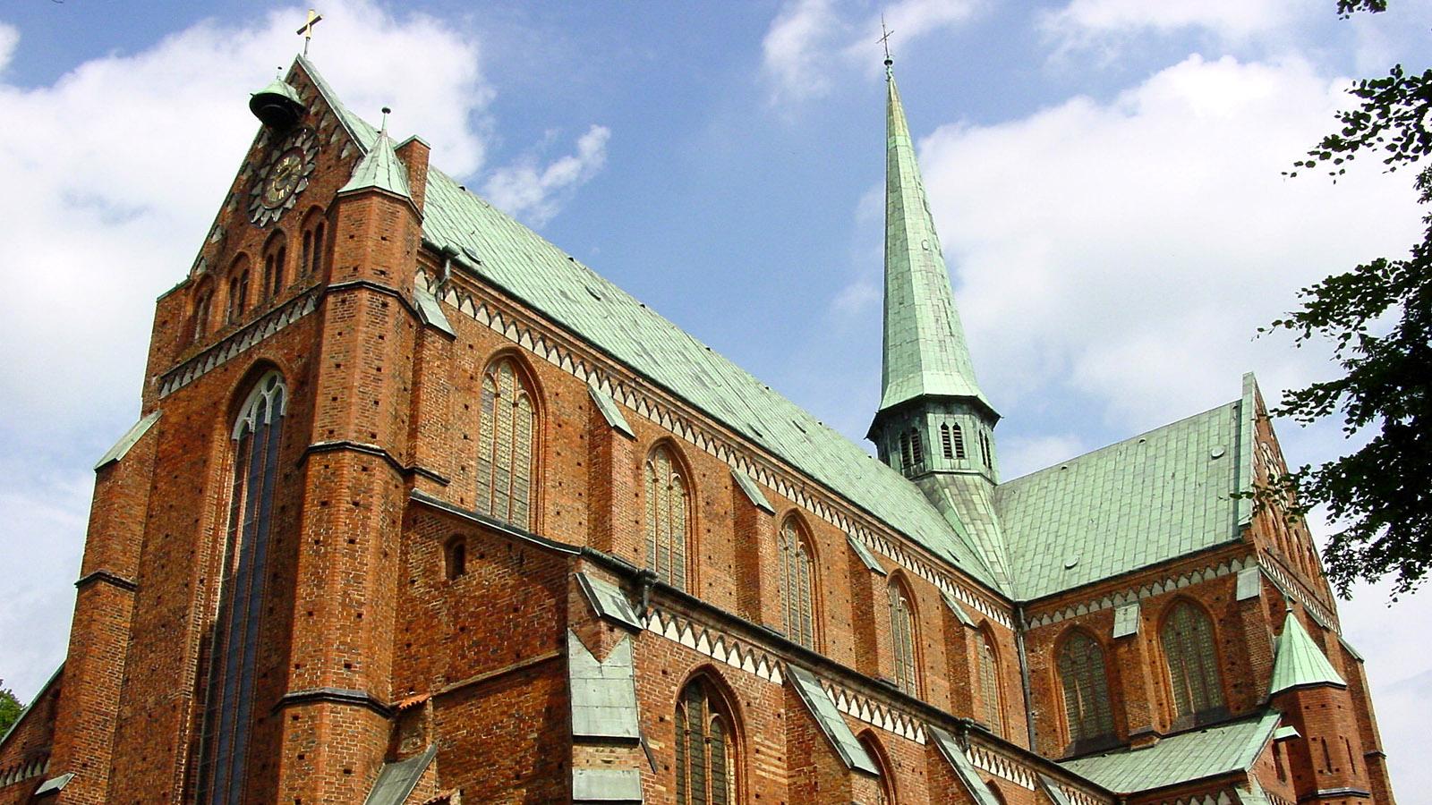 E 9: Das Doberaner Münster. Foto: Hilke Maunder