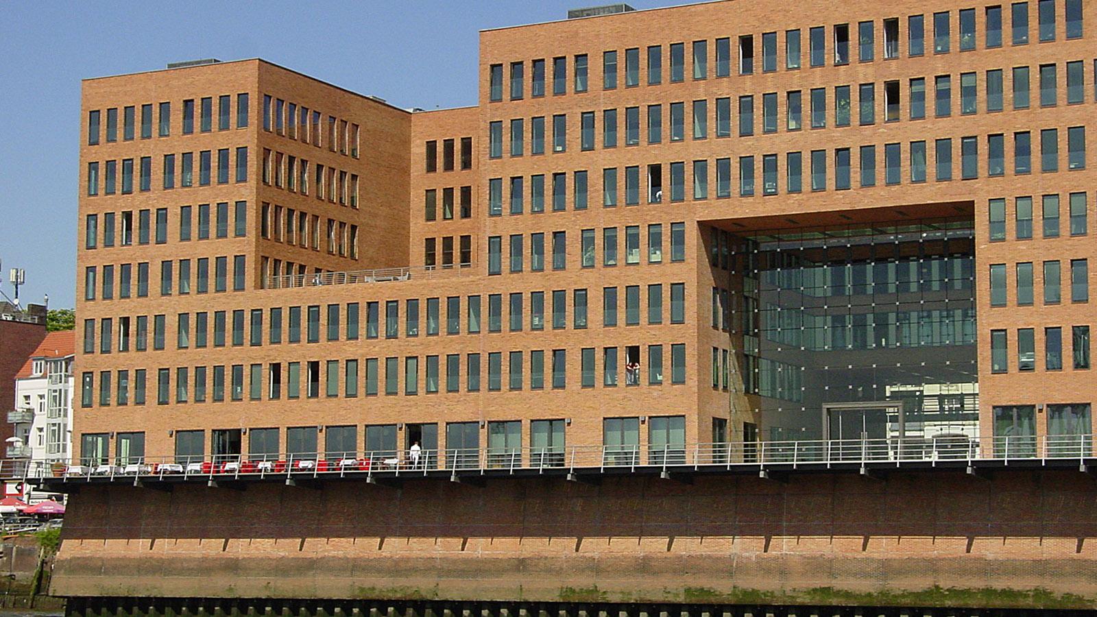 Revitalisierung im Hafen: Neubau an der Großen Elbstraße 45. Foto: Hilke Maunder