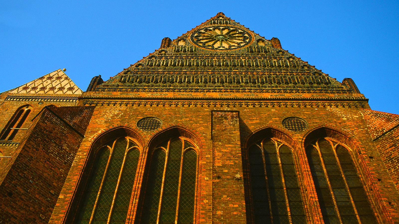 Der Südgiebel von St. Nikolai zu Wismar. Foto: Hilke Maunder
