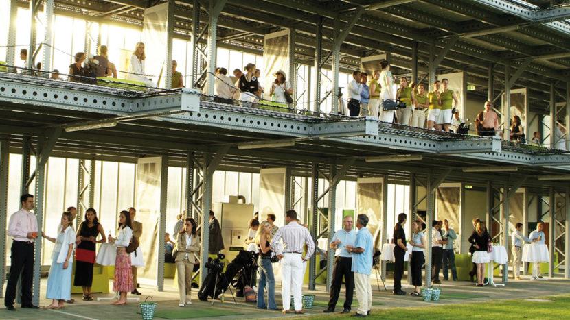 Die Golf-Lounge – Euorpas erste innerstädtische Driving Range. Foto: Presebild Golf-Lounge.