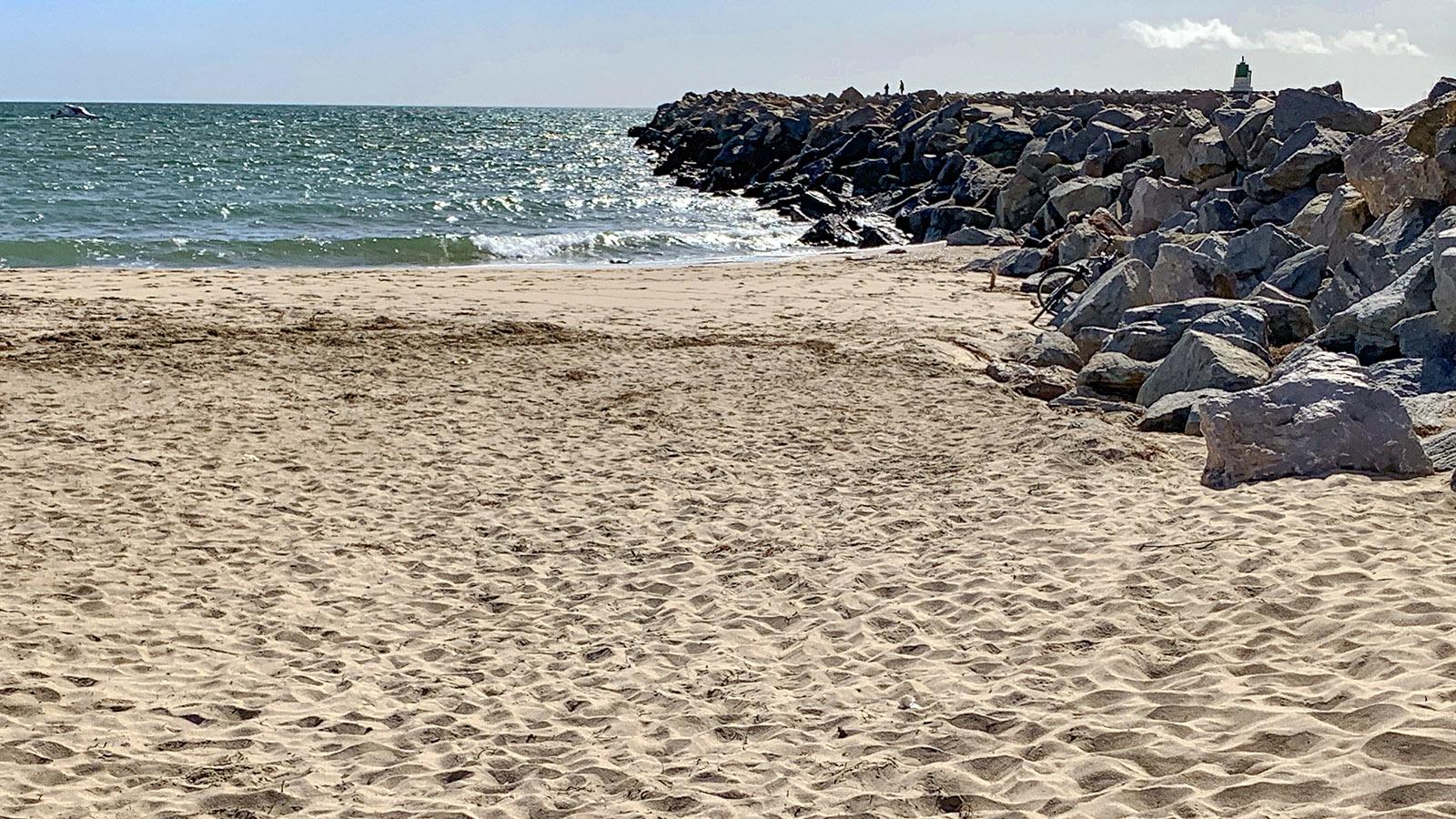 Costa Brava: Auch solche einsamen Stellen finden sich dort. Foto: Hilke Maunder