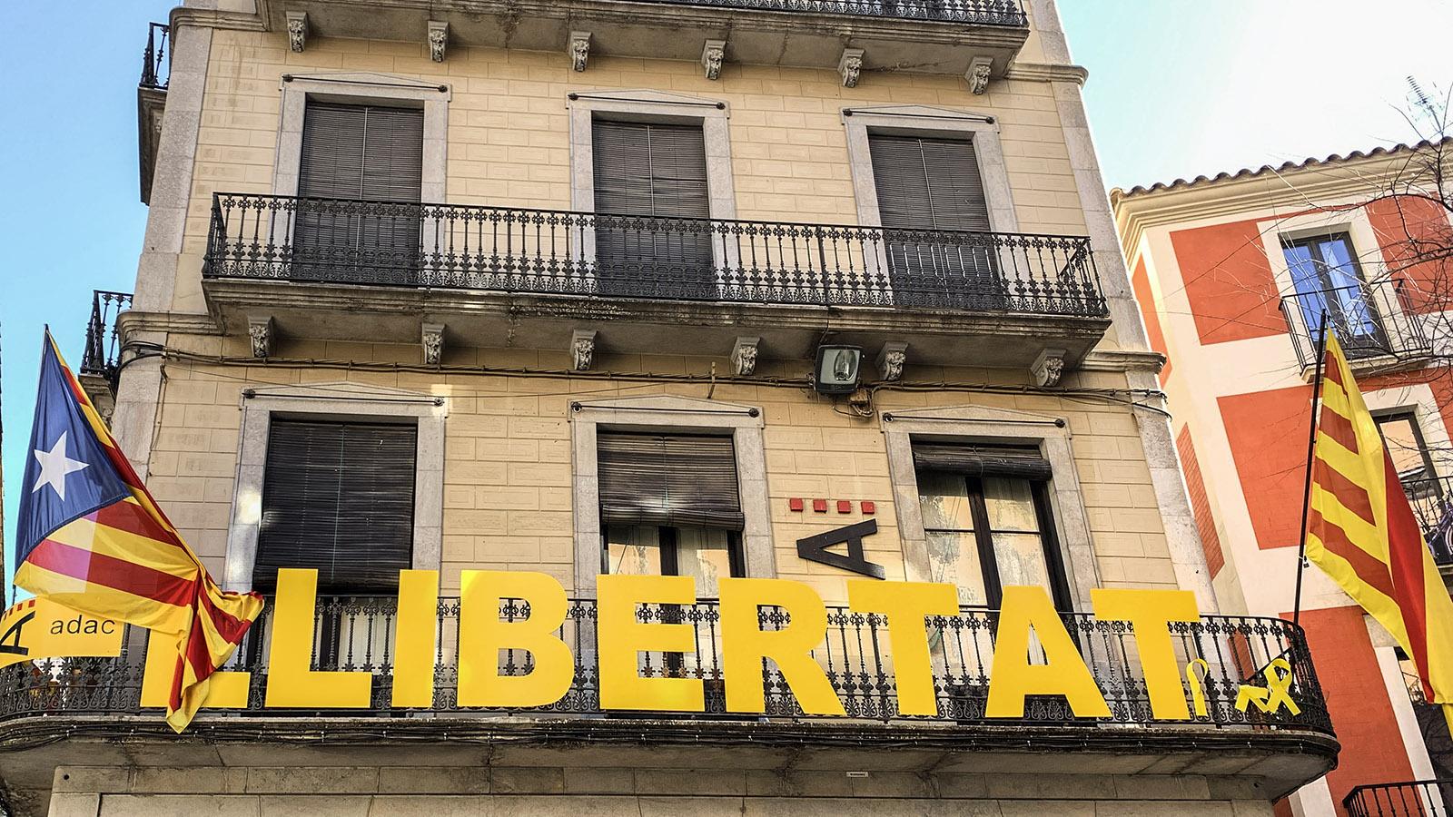 Costa Brava: Girona ist eine Hochburg der katalanischen Unabhängigkeitsbewegung. Foto: Hilke Maunder