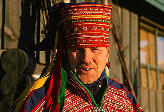 FIN/Lappland/Levi: Rekka Jussila (50/2008) in der Tracht der Samen