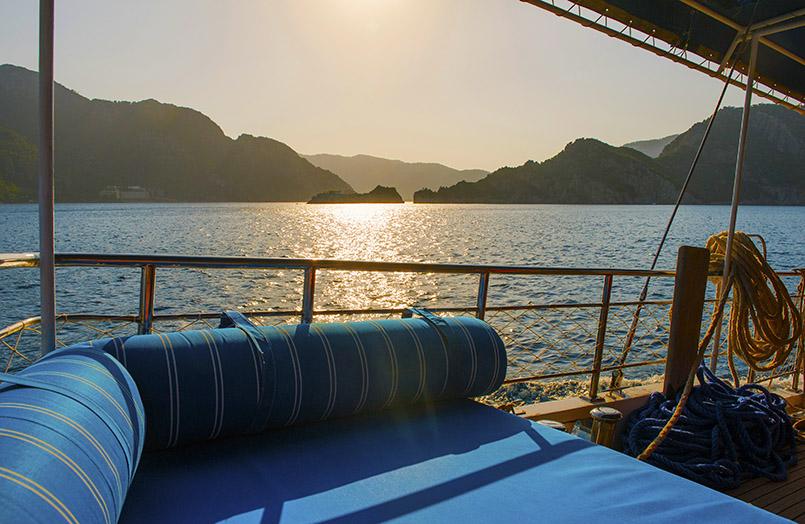 """Abendstimmung in der Bucht von Marmaris bei der """"Blauen Reise"""""""
