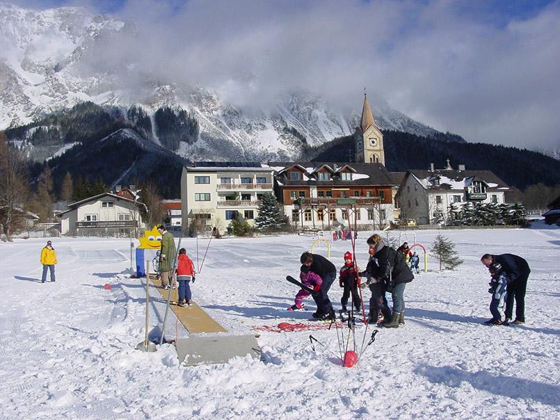 Ramsau: Skikindergarten von Ramsau-Ort.