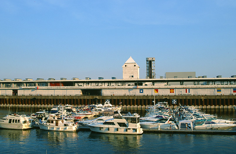 Maritimes Ausgeh- und Erlebnisviertel von Montreal: der Vieux-Port.