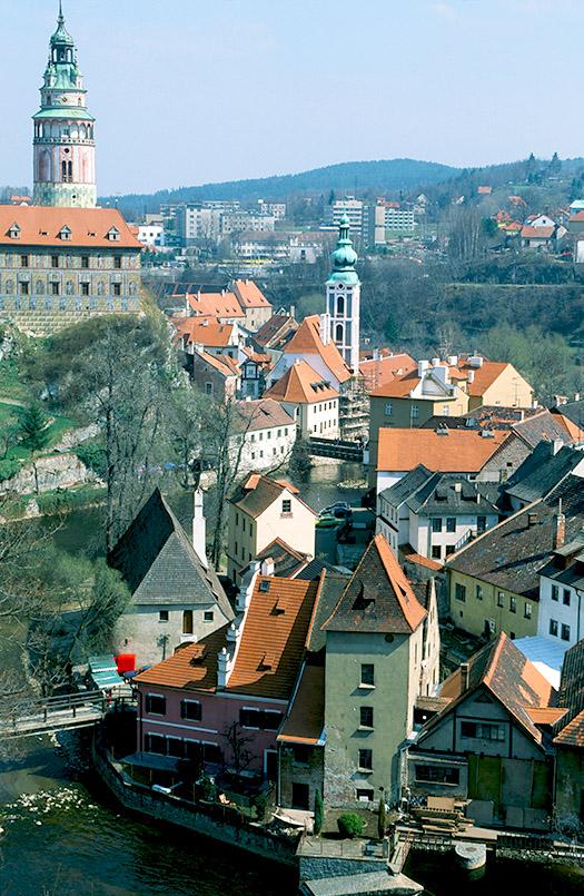 Český Krumlov (Krumau): Blick auf die Altstadt und das Schloss.