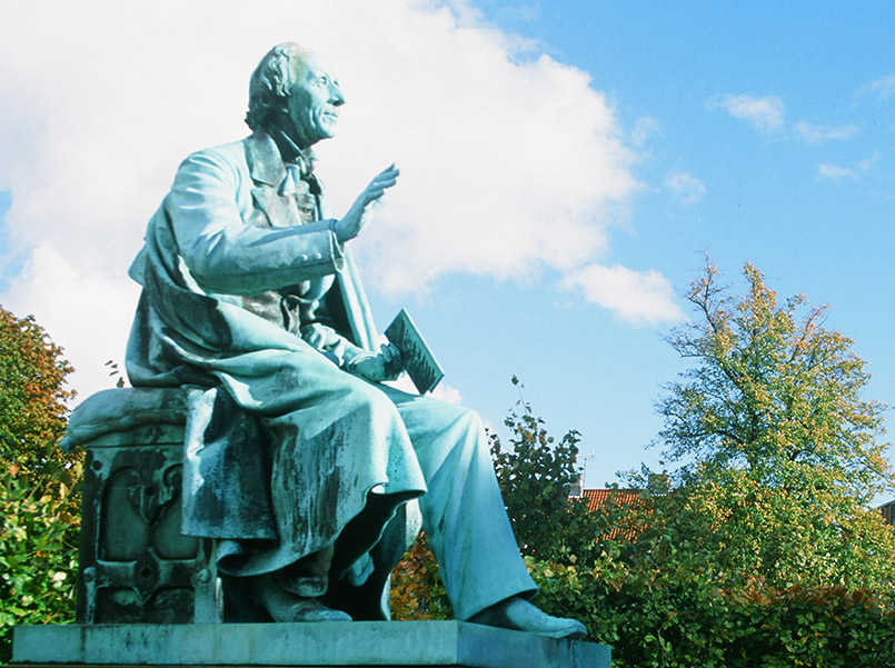 Hans Christian Andersen iin Kopenhagen: Schloss Rosenborg, H.-C.-Andersen-Denkmal