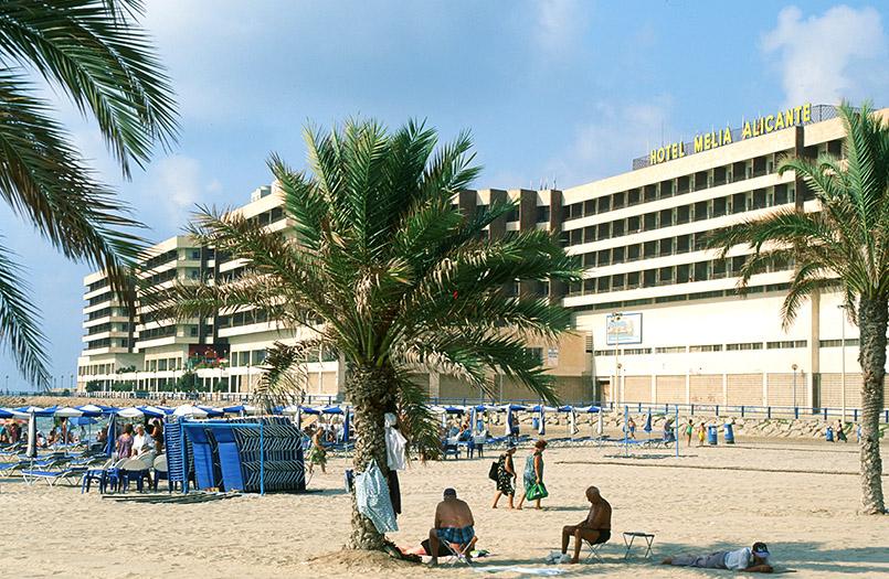 Costa Blanca (Süd)/Alicante: Playa del Postiguet