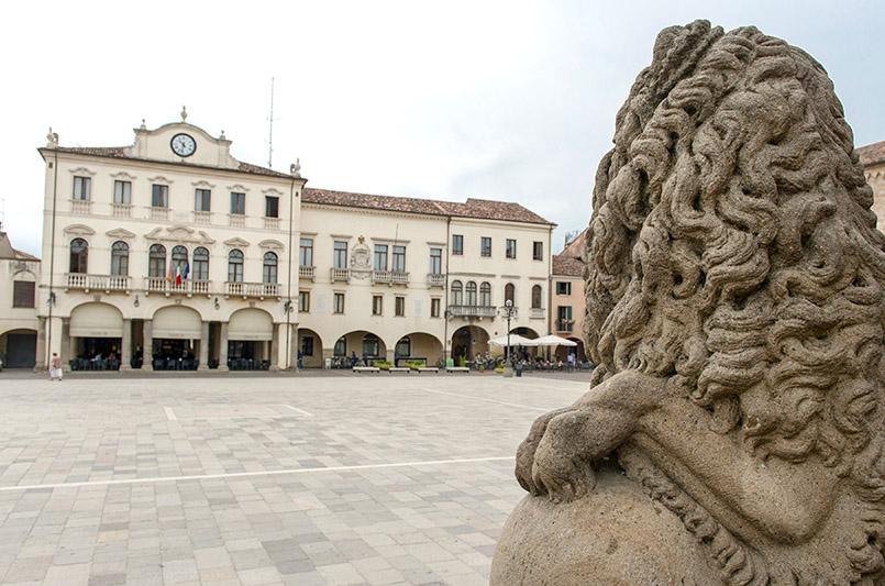 Die Piazza Maggiore von Este