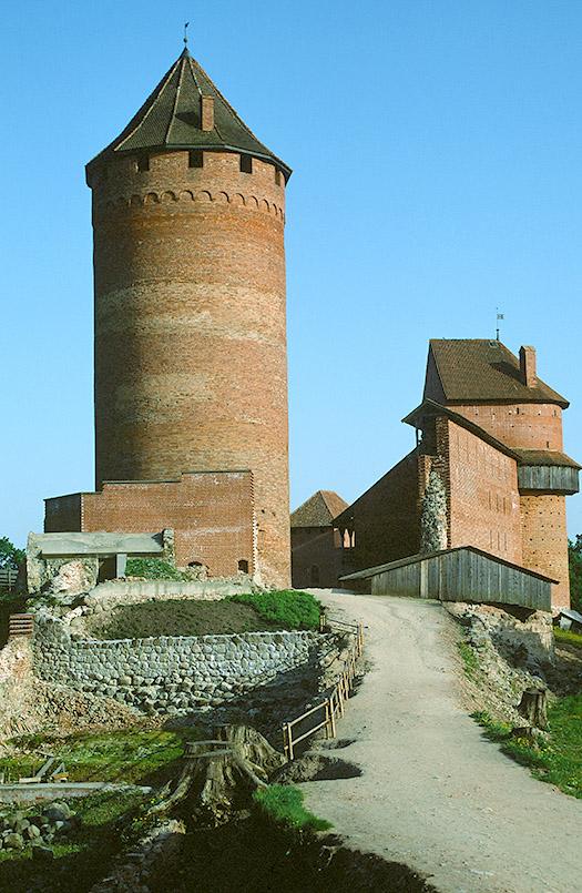 Die Burg von Turaida im Gauja-Nationalpark von Lettland.