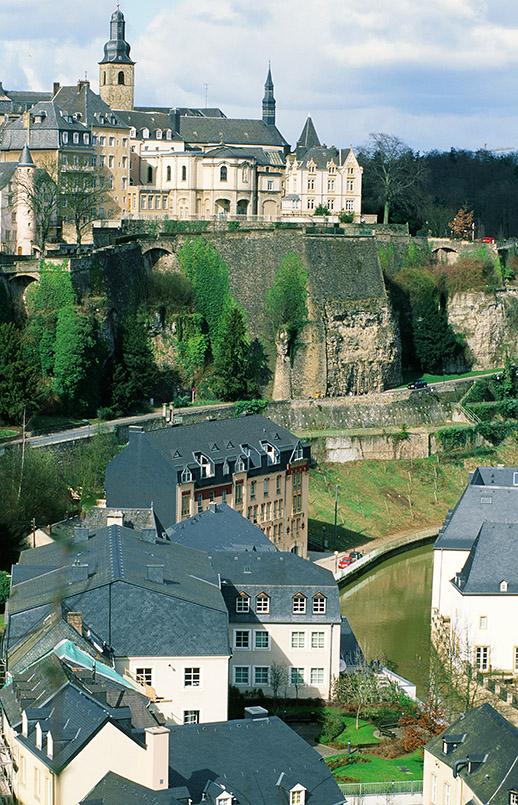 Luxemburg: Festungsanlage mit Ober- und Unterstadt