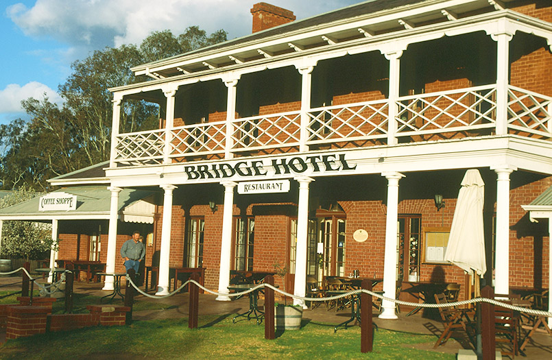 Das Bridge Hotel von Echuca am Murray (Victoria)