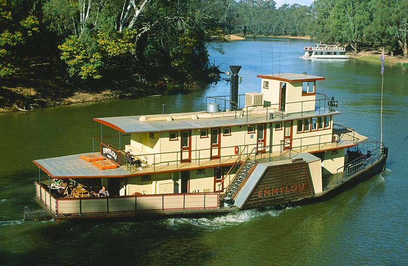 Echucha: Paddle Steamer Emmylou unterwegs auf dem Murray