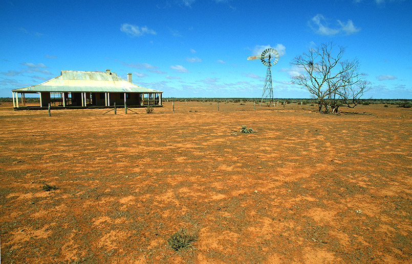 Das Murray Outback bei Mildura - verlassene Homesteads seht ihr dort öfter.