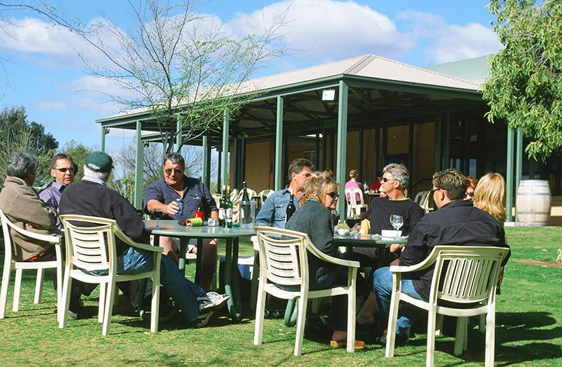 Beliebtes Ausflugsziel: das Weingut Trentham Estate - es liegt direkt am Murray.