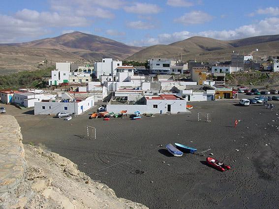 E/Kanaren/Fuerteventura/Betancuria/Ajuy: 1402 soll hier der Eroberer Godifer de la Salle an Land gegangen sein.