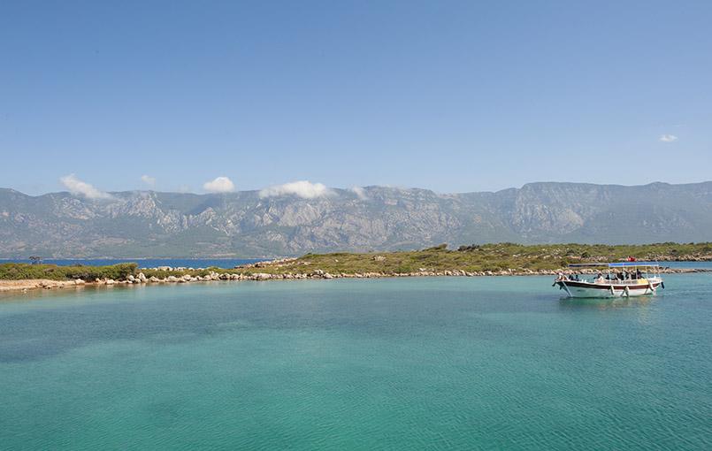 In der Türkei aktiv unterwegs: bei der Blauen Reise zur Sedir Adasi segeln